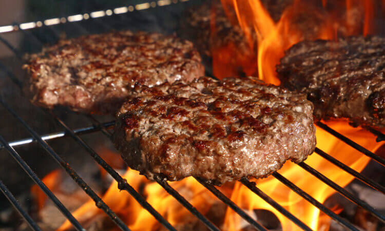 5 Ways to Mess Up When Grilling Burgers