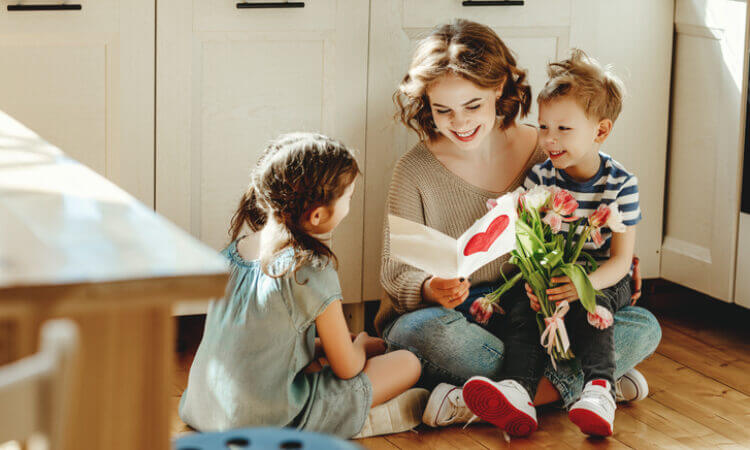 A Gift Card Makes a Perfect Mother's Day Gift, and Here's Why
